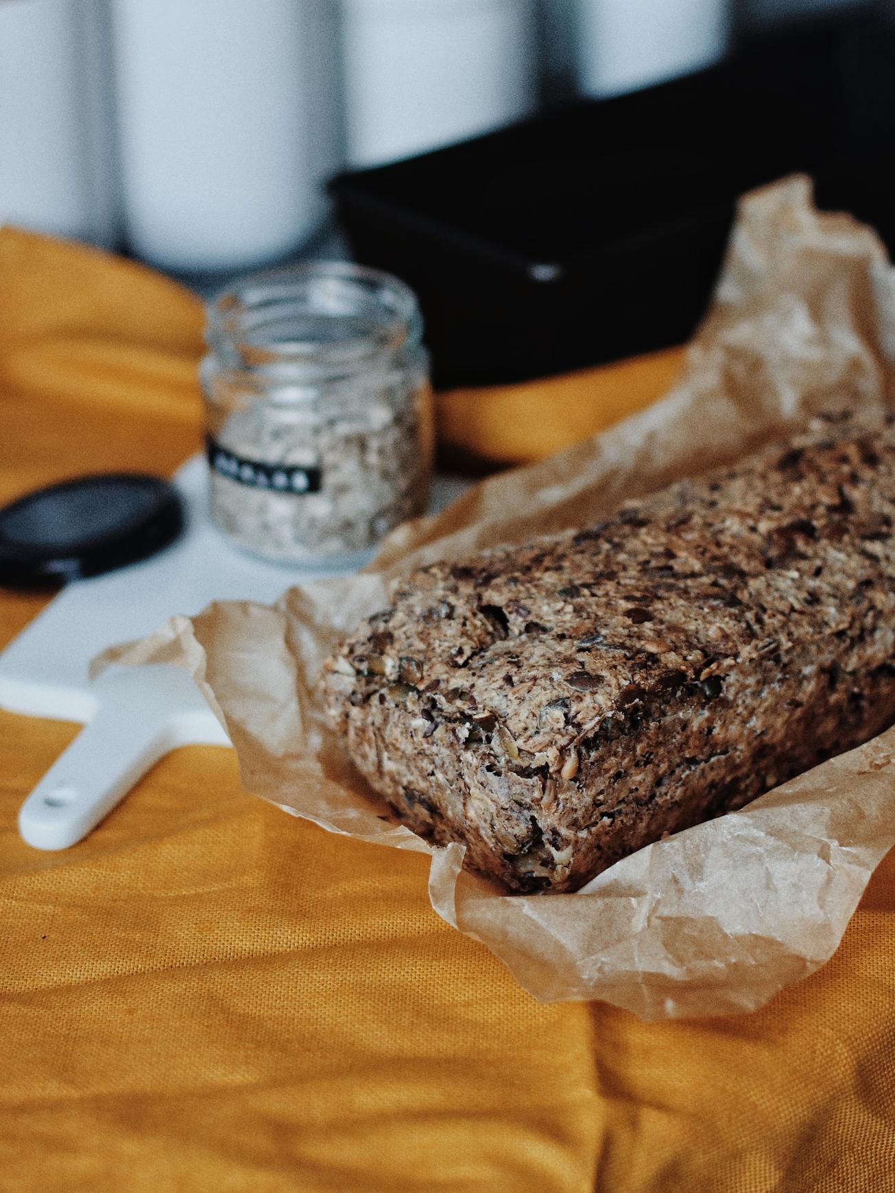 bezglutēna sēklu maize