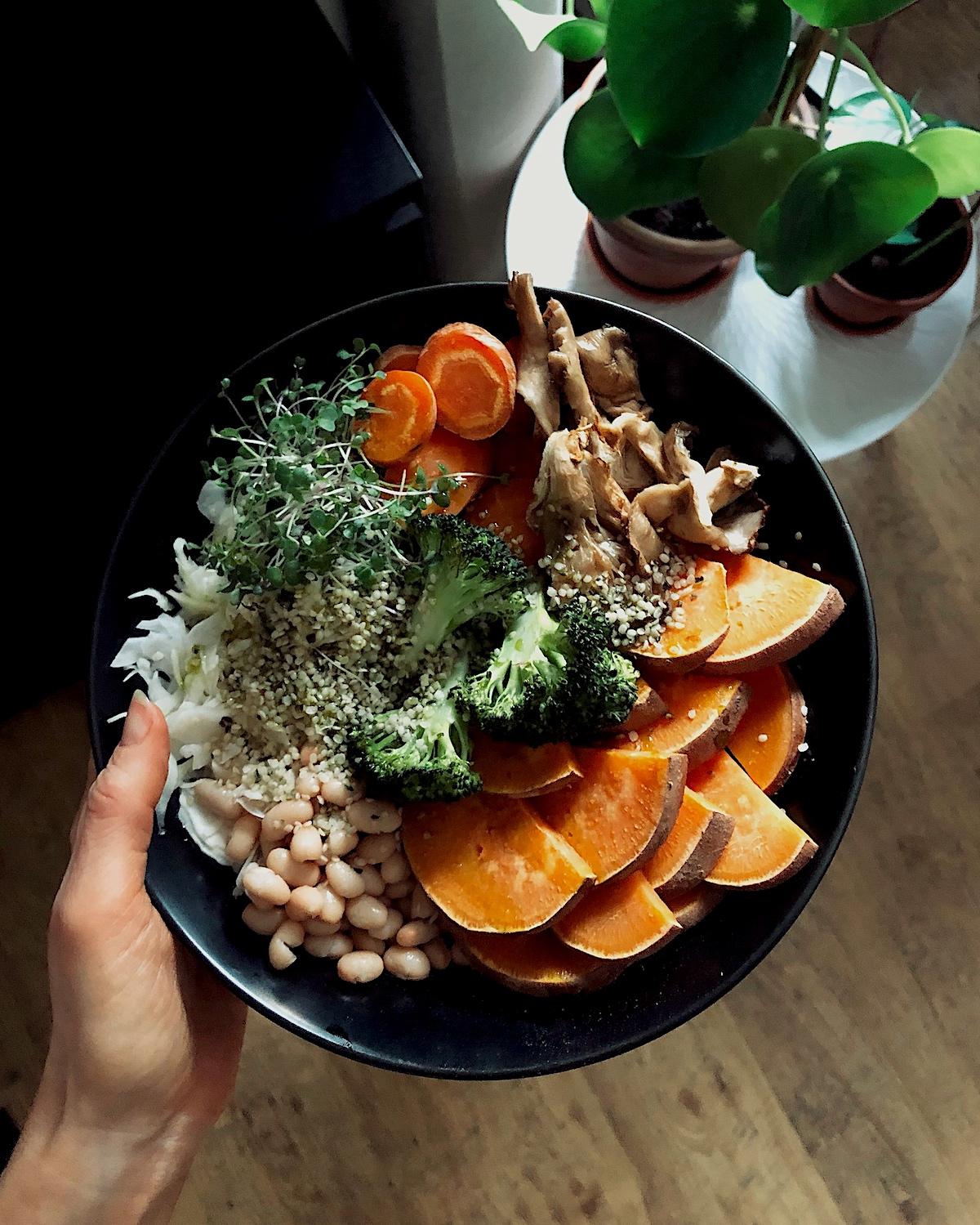 saldais kartupelis lobītas kaņepju sēklas hemp seed oil vegan veganisks brokastis